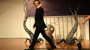 El cineasta estadounidense Tim Burton durante la inauguración de una muestra dedicada a sus proyectos artísticos, en Ciudad de México, el 4 de diciembre del 2017.
