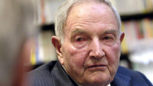 David Rockefeller dans une librairie parisienne, le 11 avril 2016.