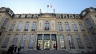 El presidente de Francia, Emmanuel Macron, recibe el lunes 10 de diciembre a varios representantes en el Palacio del Elíseo, en París, Francia. Imagen de archivo.