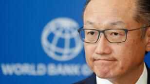 Jim Yong Kim, quien fungía como presidente del Banco Mundial, durante un evento en Kiev, Ucrania, el 14 de noviembre de 2017.