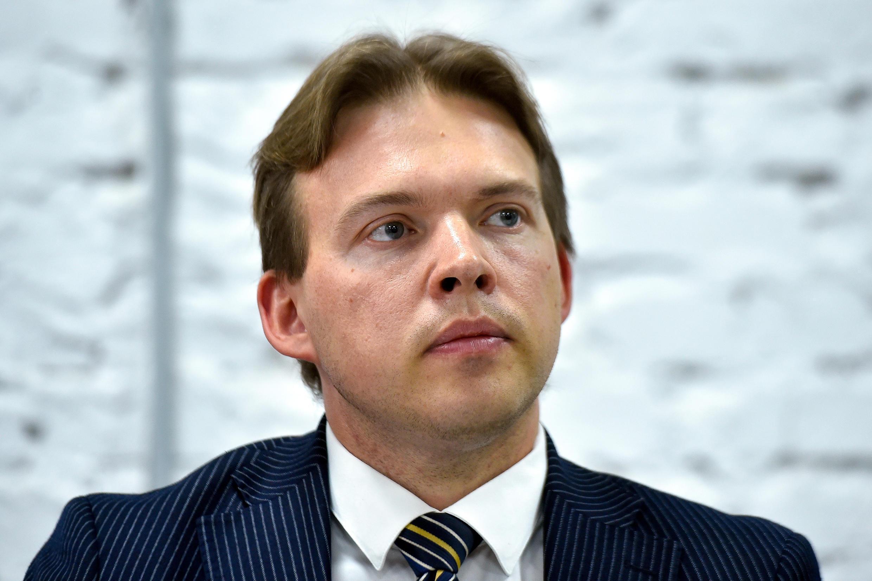 L'avocat Maxime Znak, l'un des deux derniers membres du Conseil de coordination de l'opposition biélorusse encore en liberté et en Biélorussie, a été détenu mercredi matin par des hommes masqués, a indiqué son entourage.
