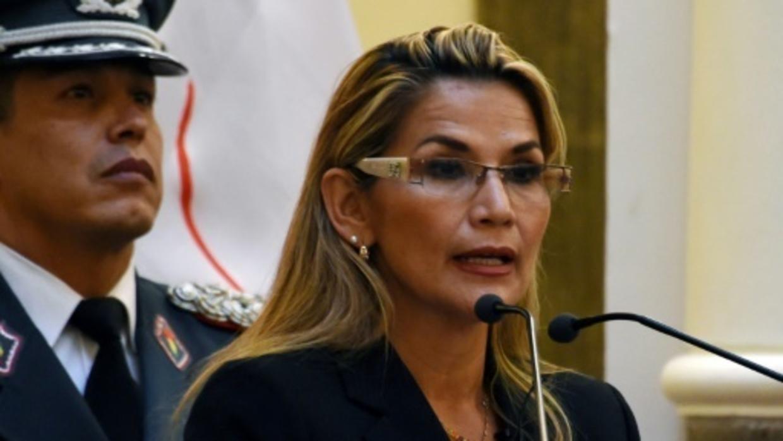 جانين آنيز الرئيسة الانتقالية لبوليفيا