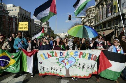 الغاضبون يحيون ذكرى تأسيس حركتهم في مدريد 15 أيار/مايو 2016