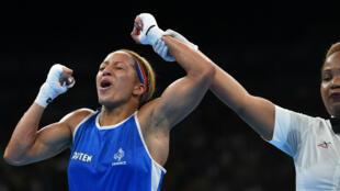 La Française Estelle Mossely a remporté la médaille d'or en boxe (-60 kg) aux Jo de Rio, le 19 août 2016.