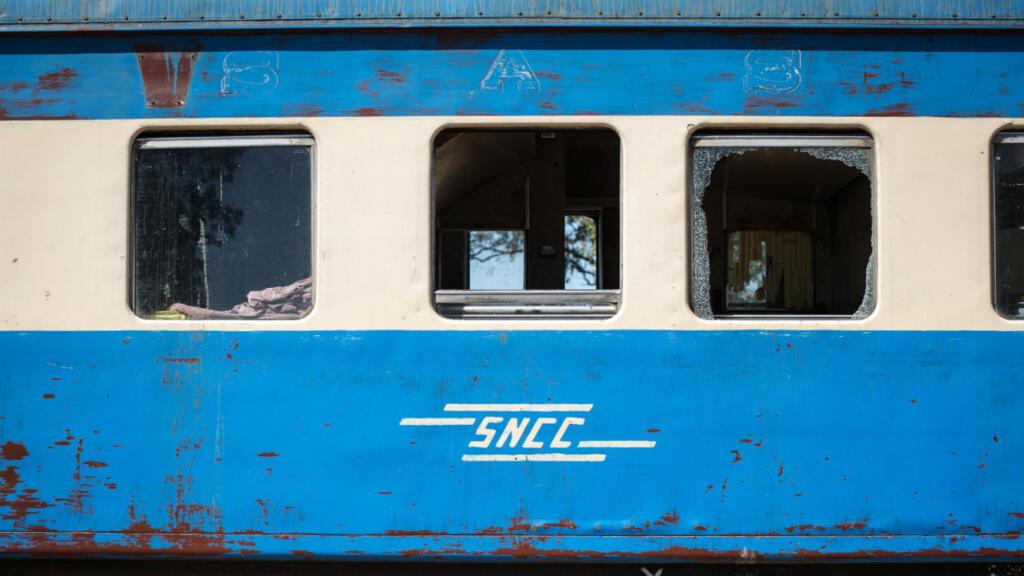 مقتل 50 شخصا على الأقل في انحراف قطار عن سكته جنوب شرق الكونغو الديمقراطية
