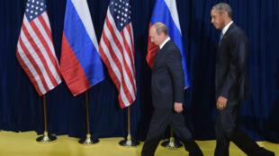 Le président américain Barack Obama et son homologue russe Vladimir Poutine lors d'une rencontre en marge de l'assemblée générale des Nations unies, le 28 septembre 2015.