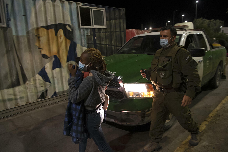 Una mujer haitiana ha sido detenida en Chile por cruzar ilegalmente la frontera desde Perú