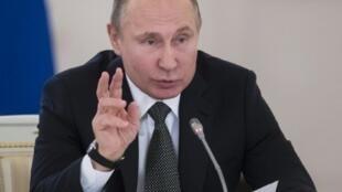 الرئيس الروسي فلاديمير بوتين في موسكو في 5 نيسان/أبريل 2018