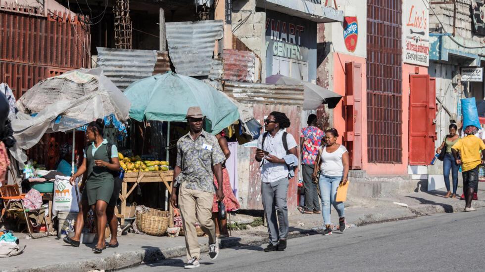 Una escena callejera en abril de 2021 de Puerto Príncipe, Haití, donde ha aumentado la preocupación por la seguridad