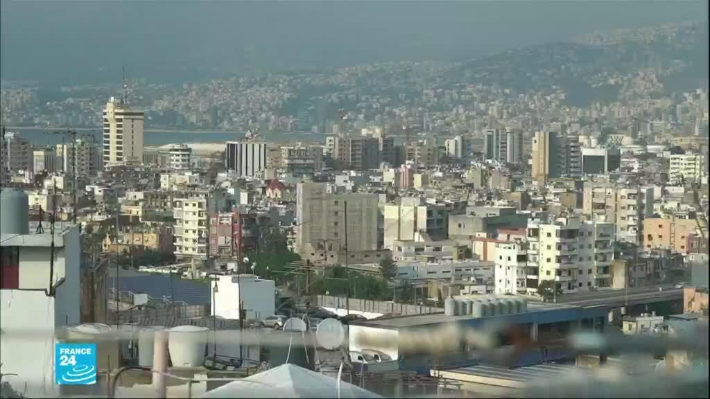لبنان يمر بأزمة اقتصادية خانقة.
