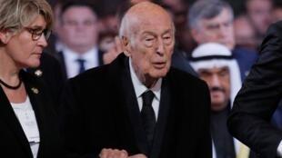 L'ancien président français Valéry Giscard d'Estaing lors d'une cérémonie religieuse en l'honneur de l'ancien président français Jacques Chirac à l'église Saint-Sulpice, à Paris, le 30septembre2019.