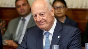 الموفد الأممي إلى سوريا ستافان دي ميستورا خلال اجتماع في جنيف حول سوريا في 11 أيلول/سبتمبر 2018