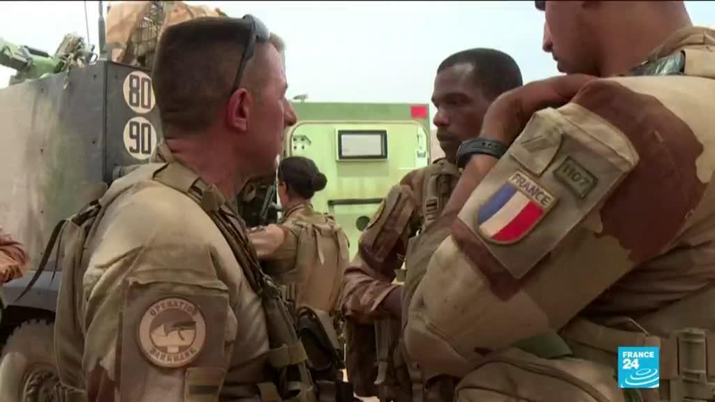 2021-02-15 15:02 G5 Sahel summit: Macron, regional leaders discuss jihadist insurgency