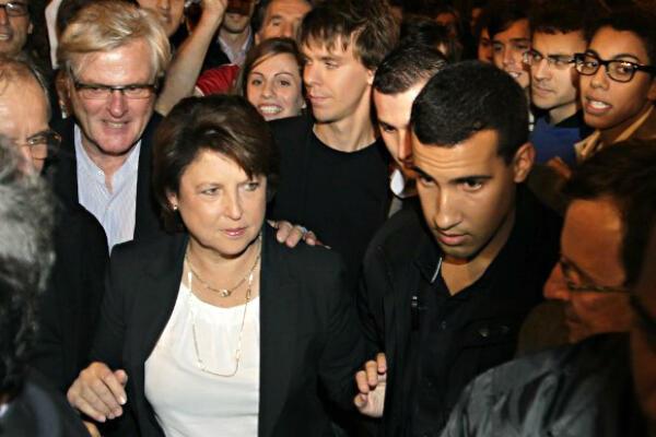 Alexandre Benalla (à droite), était affecté à la sécurité de Martine Aubry lors des primaires du PS en 2011.