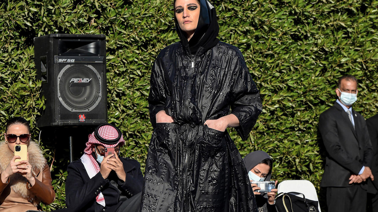 Chic abayas on catwalk in rare Saudi fashion show…