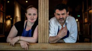 Magda Gegenava, réfugiée géorgienne, et Stéphane Jégo, à la tête de L'ami Jean (Paris 7e) proposeront un menu à quatre mains, mardi 19 juin.