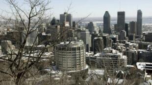 مشهد عام لمدينة مونتريال، في إقليم كيبيك، بكندا.