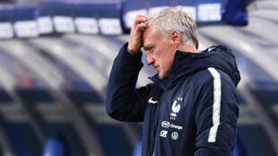 L'entraîneur de l'équipe de France, Didier Deschamps, pendant le match des Bleus en ligue des Nations face au Portugal, le 11 octobre 2020 au Stade de France