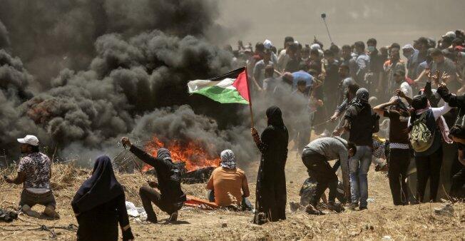 مواجهات اليوم في قطاع غزة المحاصر بين المتظاهرين الفلسطينيين والجيش الإسرائيلي