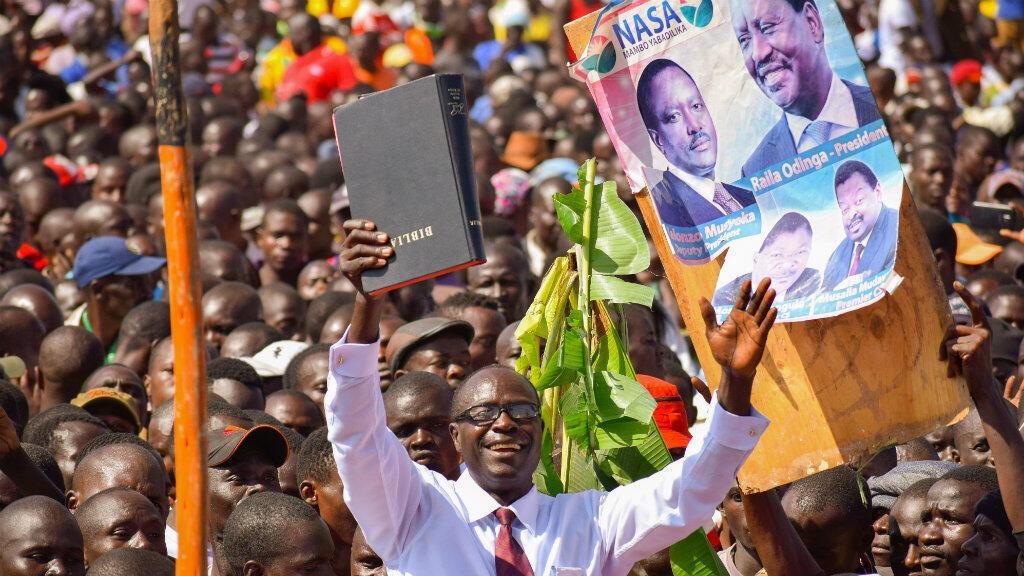 Des milliers de partisans du dirigeant de l'opposition kényane Raila Odinga, mardi 30 janvier, à Nairobi.