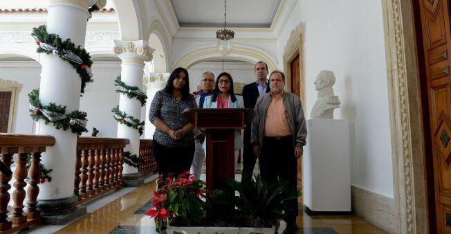 La presidenta de la Asamblea Constituyente de Venezuela, Delcy Rodríguez, da una conferencia de prensa en Caracas, el 23 de diciembre de 2017.