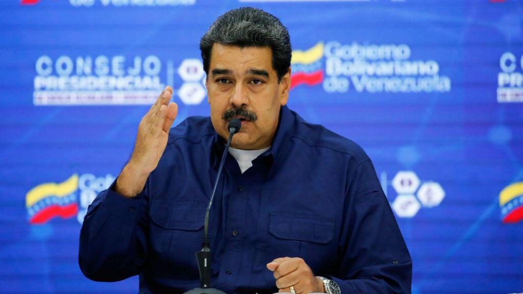 El presidente de Venezuela, Nicolás Maduro, habla durante una cumbre con miembros de su gobierno, en Caracas, el 18 de febrero de 2019.