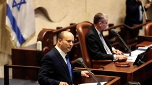 2021-06-13T135817Z_19584795_RC2PZN9W036E_RTRMADP_3_ISRAEL-POLITICS