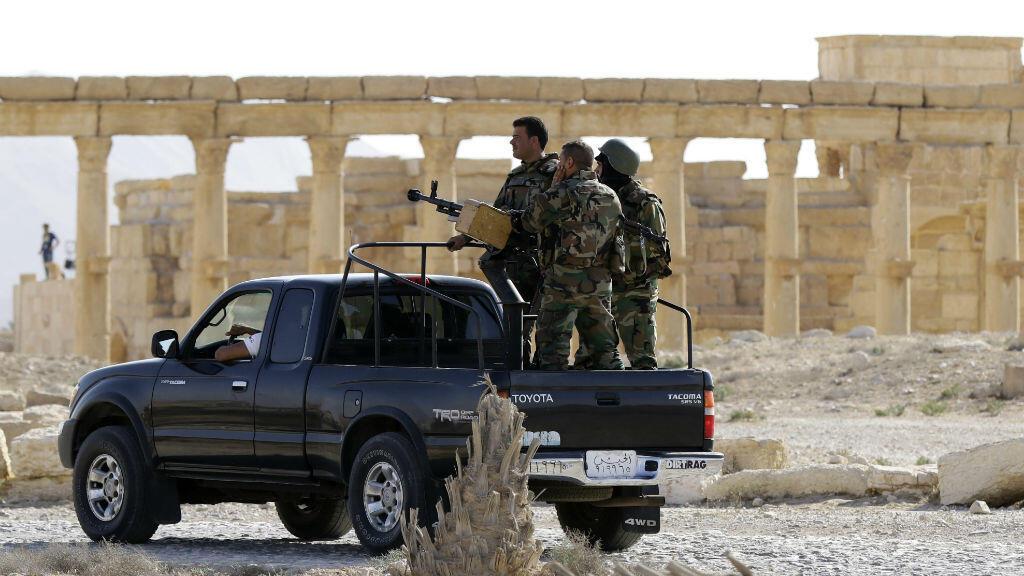 Des soldats du régime syrien dans Palmyre, le 6 mai 2016.
