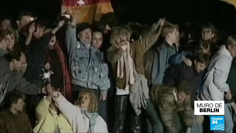 Video de la construcción del muro de Berlín 1989