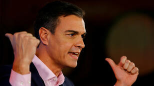 Le socialiste Pedro Sanchez prononce un discours à Chiclana de la Frontera, en Andalousie, le 18 novembre 2018.