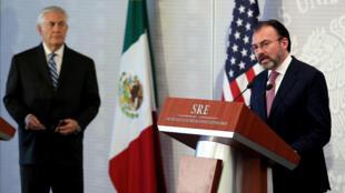Le chef de la diplomatie américaine Rex Tillerson (gauche) et son homologue mexicain Luis Videgaray, le 23 février 2017.