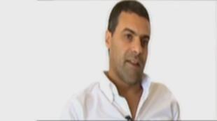 Khalid Geddar a reçu des menaces de mort après avoir posté le dessin lié à l'assassinat d'un écrivain jordanien.