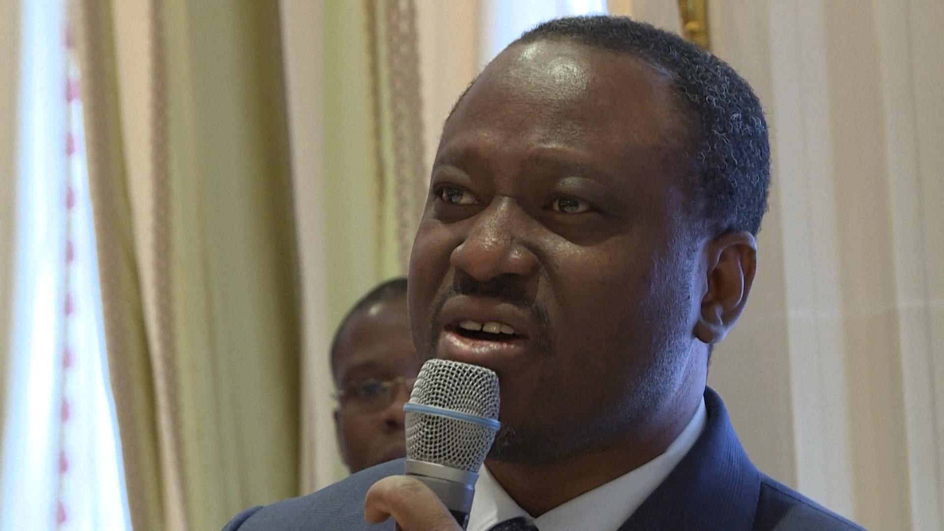 GUILLAUME SORO CANDIDAT A L' ELECTION PRESIDENTIELLE EN COTE D' IVOIRE_VIDI1OI6O9_FR_ARC
