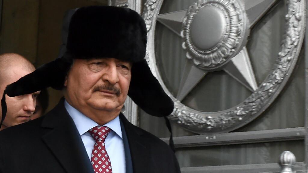 Soutenu par Moscou, le maréchal Haftar est devenu incontournable dans toute résolution du conflit libyen.