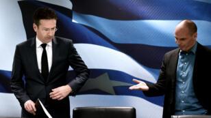 Le chef de l'Eurogroupe, Jeroen Dijsselbloem, et le ministre grec des Finances, Yanis Varoufakis, lors de leur conférence de presse commune, vendredi 30 janvier, à Athènes.