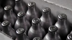 Cartuchos de óxido de nitrógeno, conocido como el 'gas hilarante'.