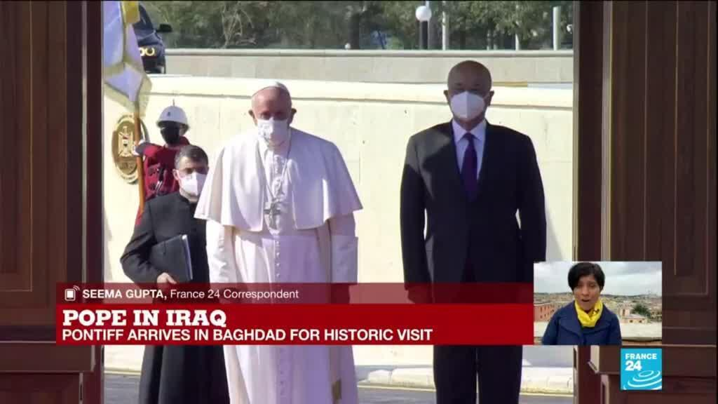 2021-03-05 13:07 Pope Francis arrives in Baghdad for risky, historic Iraq tour