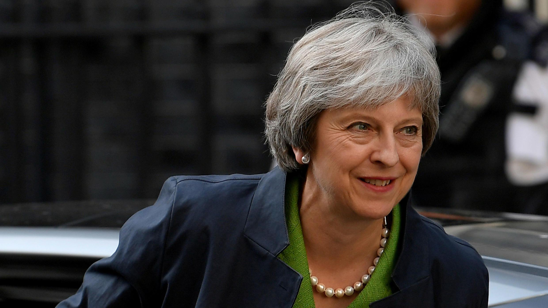 Imagen de archivo de la primera ministra del Reino Unido, Theresa May, llegando a Downing Street en Londres, Reino Unido, el 12 de junio de 2018.