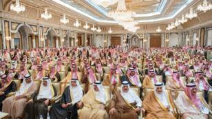 Des membres de la famille royale saoudienne réunis lors de l'intronisation de Mohammed ben Salmane, le 21 juin 2017.