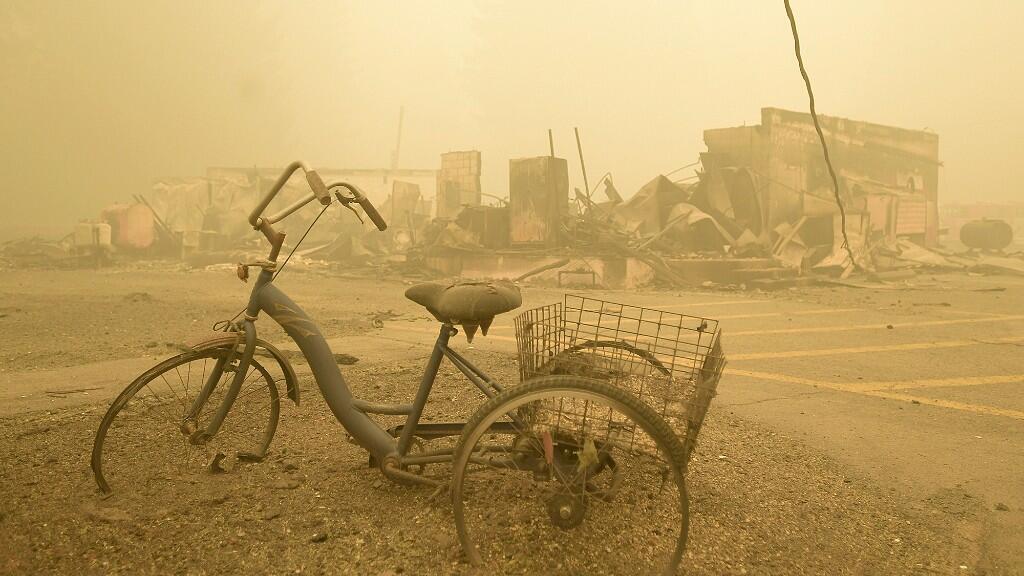 La imagen de destrucción es total en algunos de los pueblos más afectados por los incendios. En Detroit, Oregon, el 12 de septiembre de 2020.