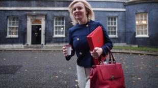La ministra británica de Comercio Internacional, Liz Truss, el 20 de octubre de 2020 en Londres