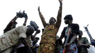 احتفال للانقلابيين في مالي