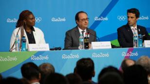 Le président français François Hollande, accompagné de Muriel Hurtis et de Tony Estanguet, a défendu la candidature de Paris pour les JO-2024