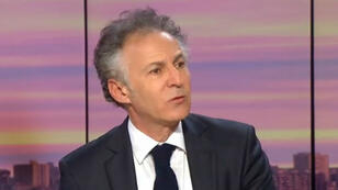"""L'avocat de Carlos Ghosn, François Zimeray, dénonce la volonté d'""""abattre"""" son client."""