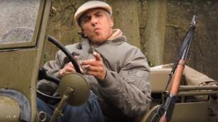 """Samy Naceri se met au rap dans le clip """"Une seconde chance""""."""