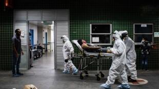 Un hospital de Brasil, epicentro del nuevo coronavirus en América Latina, el 16 de mayo de 2020 tras convertirse en el cuarto país más afectado por la pandemia a nivel global.