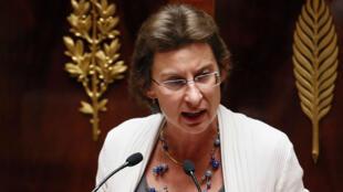Clotilde Valter à l'Assemblée nationale le 18 septembre 2013.