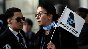 Des employés d'AigleAzur manifestent devant le ministère des Transports, le 9septembre2019.