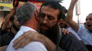 الأسير الفلسطيني المفرج عنه خضر عدنان