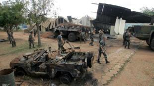Le camp militaire français de Bouaké, en Côte d'Ivoire, après le bombardement du 4 novembre 2004.